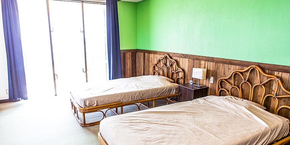 宮古島の宿泊施設ベッド